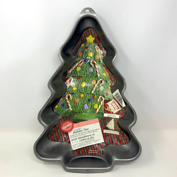 1997 Vintage Wilton Holiday Tree Pan non-stick